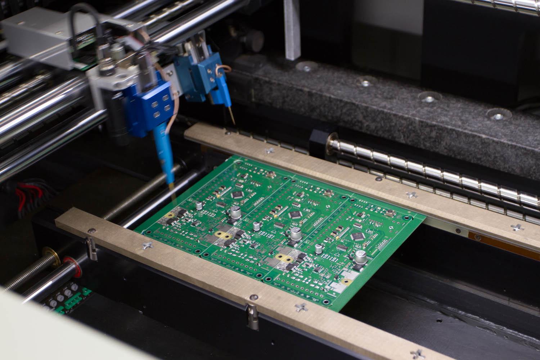 Fabrication de cartes électroniques Gers